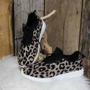 NEW! FOREVER 21 LEOPARD METALLIC SNEAKERS!